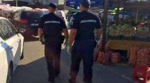 Jandarmii au aplicat zeci de amenzi oltenilor