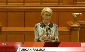 ULUITOR Raluca Turcan anunță semnarea contractului pentru tabletele pentru elevi abia la sfârșitul lunii... DACĂ nu există contestații