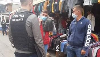 masca-covid-2-800x445-1 COVID-19: polițiștii olteni au verificat 105 societăți comerciale şi 110 de mijloace de transport persoane