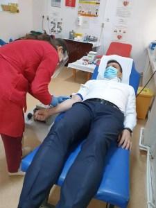 Prefectul de Olt a donat sânge, a doua oară, pentru pacienții cu COVID-19