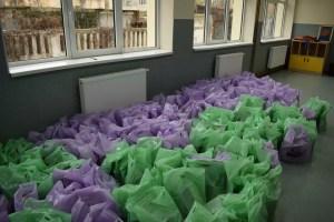 Autoritățile din Corabia au pregătit cadouri pentru preșcolarii și elevii de scoală primară și gimnazială din localitate