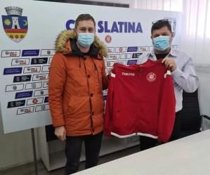 Cei mai fideli susţinători ai echipei de fotbal CSM Slatina au fost premiați