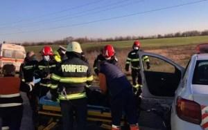 Încă un accident pe autostradă: cinci mașini implicate! Două persoane au suferit leziuni