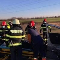 Accident cu 7 victime, intervin mai multe echipaje ISU și ambulanțe