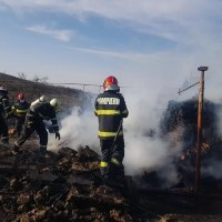 Incendiu puternic în comuna Sârbii-Măgura