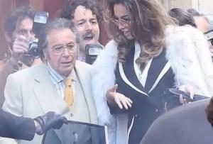Slătineanca Mădălina Ghenea, la braţul lui Al Pacino