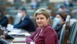 Un senator oltean consideră că actuala guvernare nu dorește bunăstarea românilor