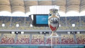 Cei care au bilete la meciurile EURO 2020 vor circula gratuit cu mijloacele de transport public din București