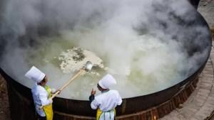 Un bucătar a murit după ce a căzut într-un ceaun uriaș de ciorbă