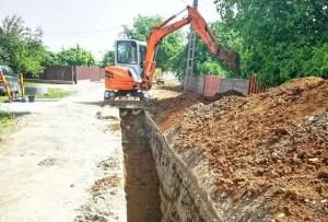 În Piatra Olt au început lucrările la rețeaua de apă și canal