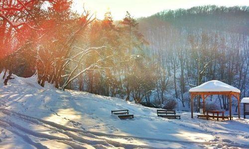 Ese për Dimrin – Ditë dimri në fshatin tim