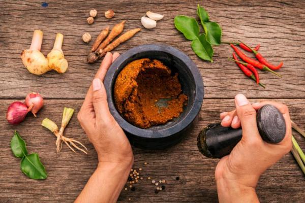 pasta-curry-casero-1 5 faktorët që përkeqësojnë erën e vaginës: Kur është normale dhe kur duhet të shkoni tek mjeku