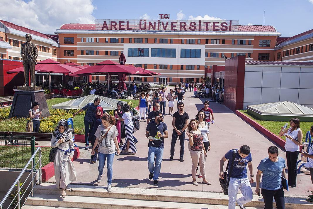 istanbul-arel-universitesi-emlaklobisi