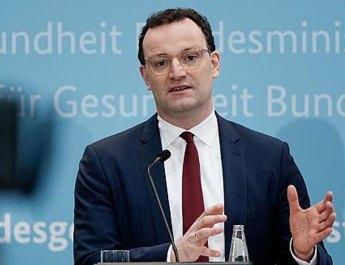 Villadan sonra maske skandalı: Alman siyaseti bu adamı tartışıyor