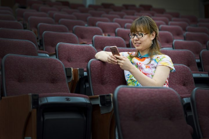 Dandan Lu connects with her fellow international students online.
