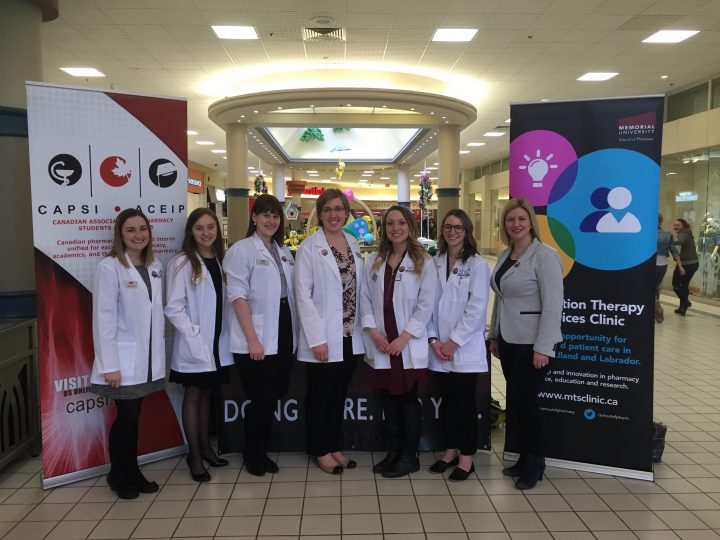 Pharmacy students during an outreach event at the Avalon Mall in 2016.