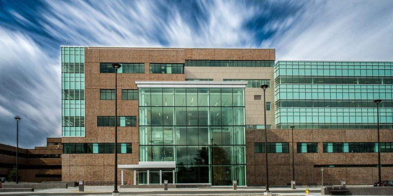 Exterior shot of the Faculty of Medicine building