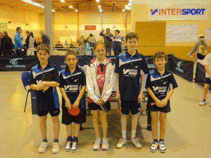 Les cinq jeunes amiénois, avec de gauche à droite : Yannis BERT-JOUANJEAN, Enoal DEMONCHY, Jeanne ANDRE, Martin KARKUT et Ulysse THIRAULT