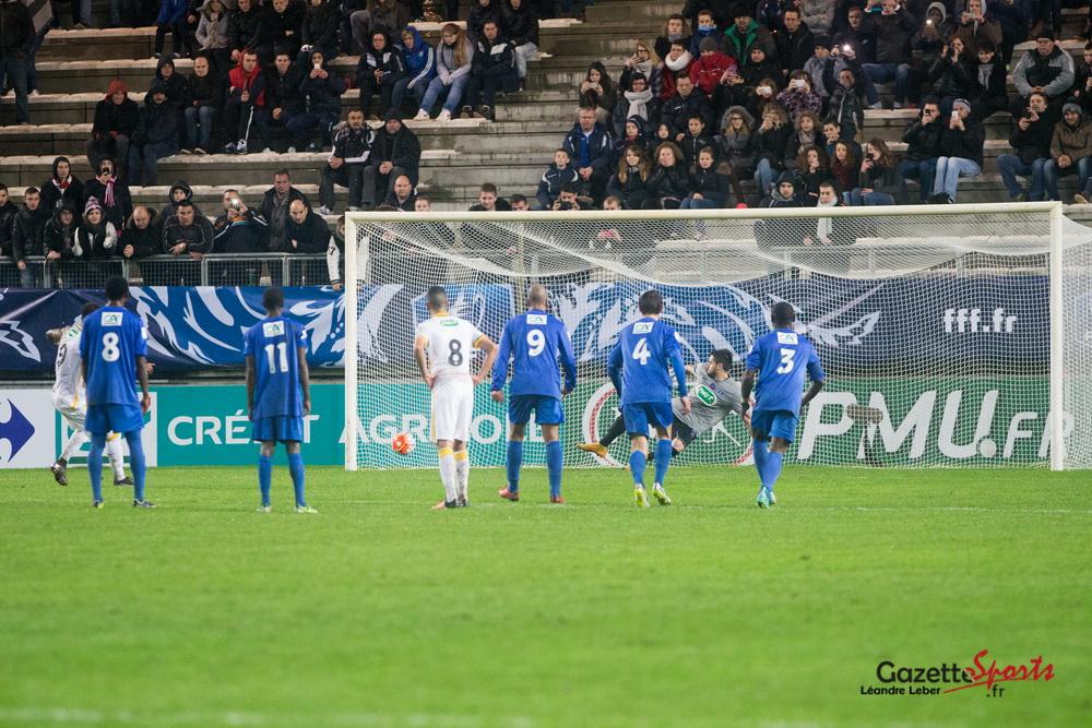 Football l 39 amiens ac avec les honneurs gazettesports - Amiens lille coupe de france ...