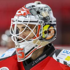 hockey-sur-glace-amical-les-gothiques-vs-strasbourg-0006-leandre-leber-gazettesports-1017x678