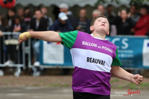 Ballon au poing (Reynald Valleron (115)