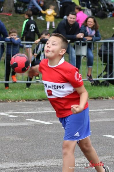 Ballon au poing (Reynald Valleron (116)