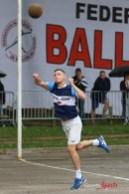 Ballon au poing (Reynald Valleron (94)