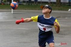 Ballon au poing (Reynald Valleron (99)