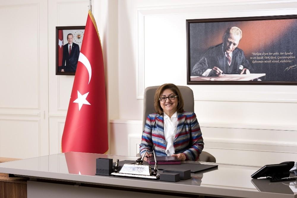 Gaziantep'te 29 Ekim kutlama mesajları