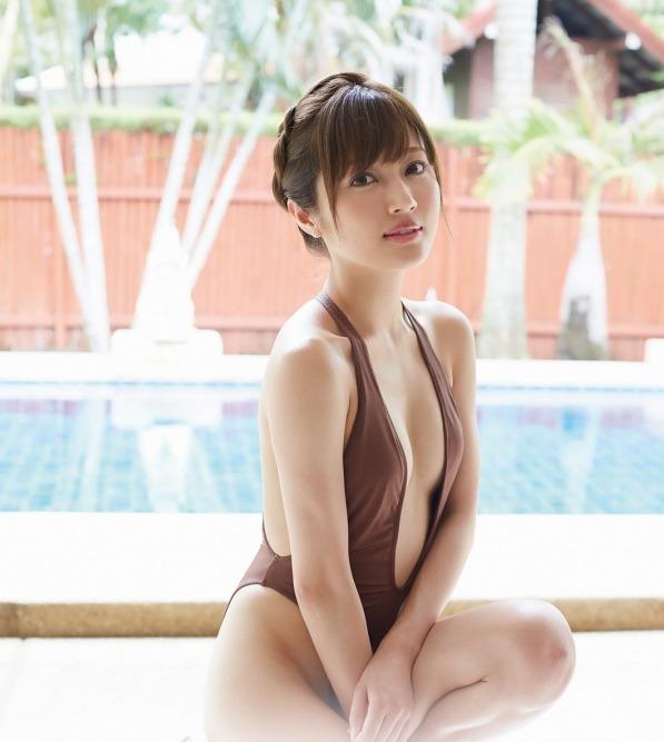 新藤まなみ (45)