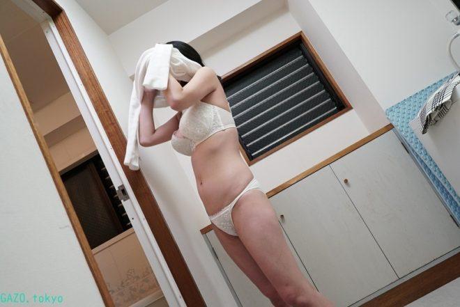 Hカップな真菜果ちゃんの画像 (9)