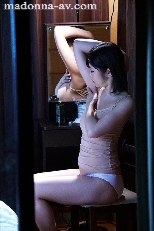 石川祐奈 (26)