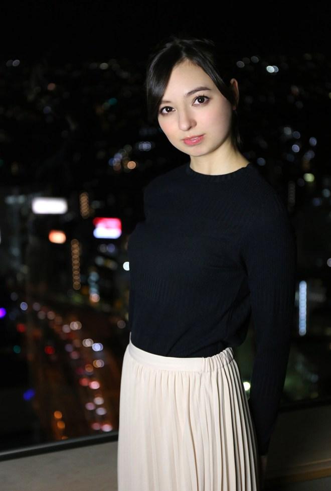西田カリナ (31)