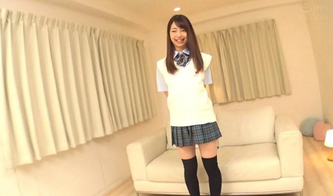 新川優里 (4)