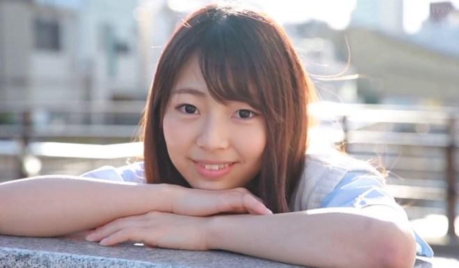 新川優里 (1)