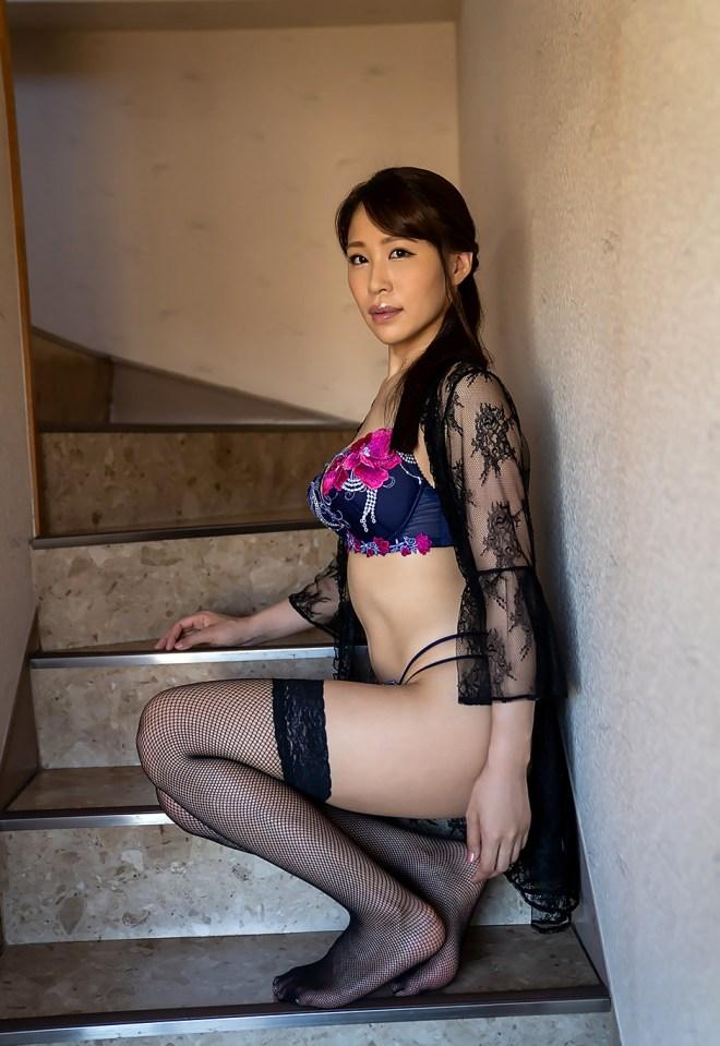 凛音とうか (23)