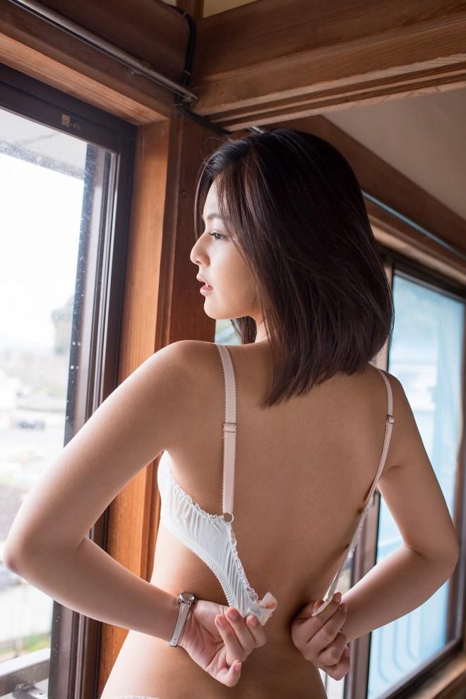 秋本翼 (26)
