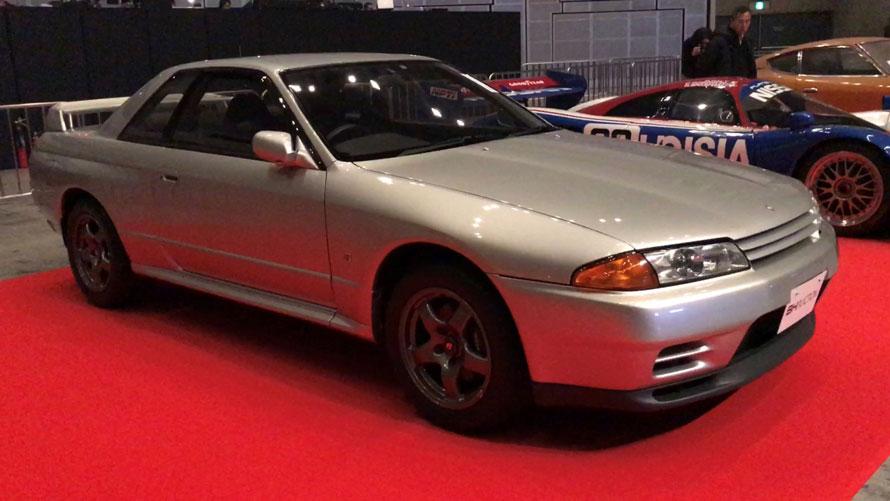 低走行の極上R32型GT-Rが出品。あっという間に落札されていきました