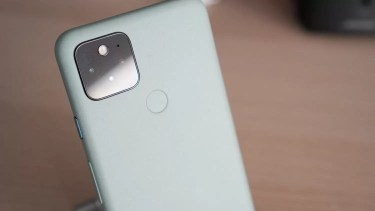 海外サイトがアンケートを実施。「Google Pixel 5」が2020年で最も人気を獲得