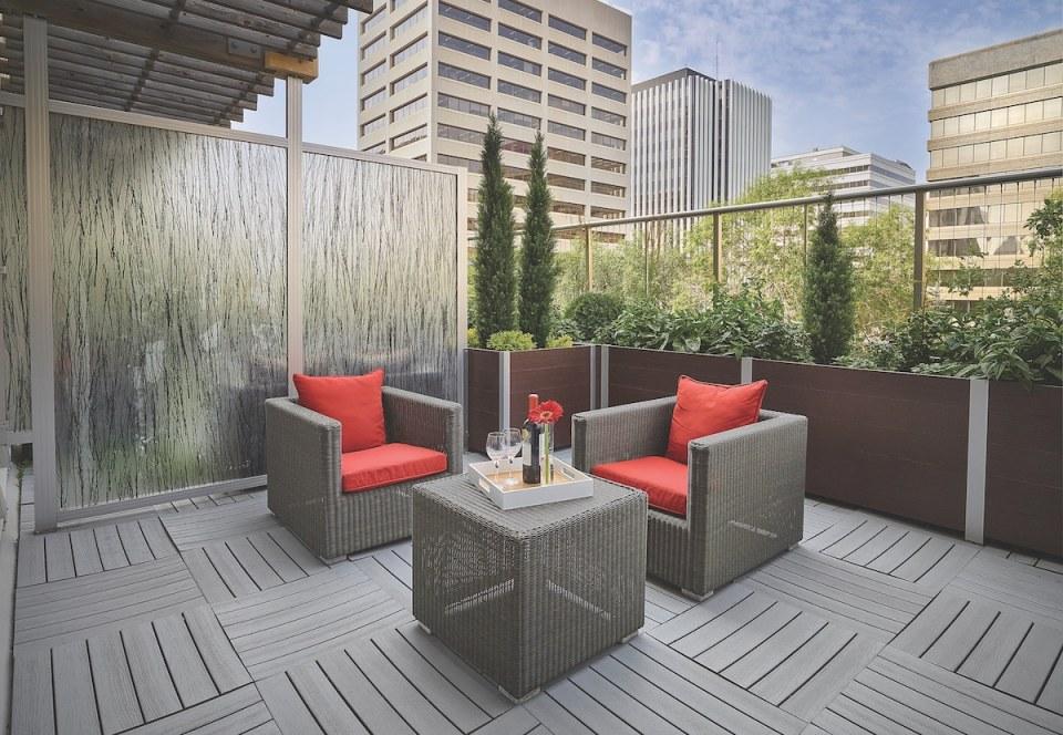 DeepStream Designs Matrix Hotel Edmonton