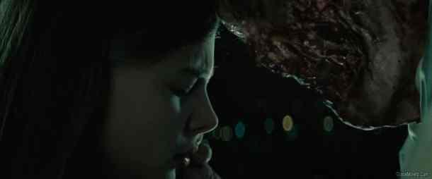 98-chloe-moretz-Let-Me-In-2010-HD-BR-Movie-Screencaps-stills