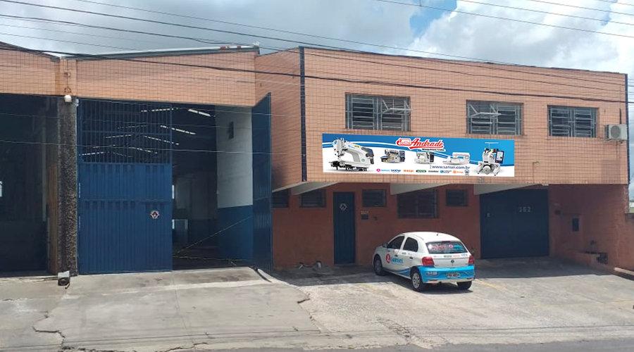 Andrade Máquinas abriu CD em Betim