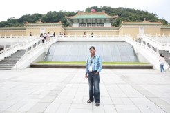 Kiran at the National Palace Museum.