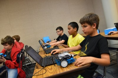 CE Kids College Robotics Class