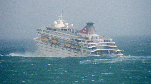 Cruise Ship In Storm  Cruise Ship Balmoral Hits Rough