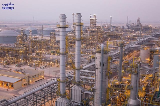 Saudi Arabia S Solution To Global Oil Glut Pump Ever More