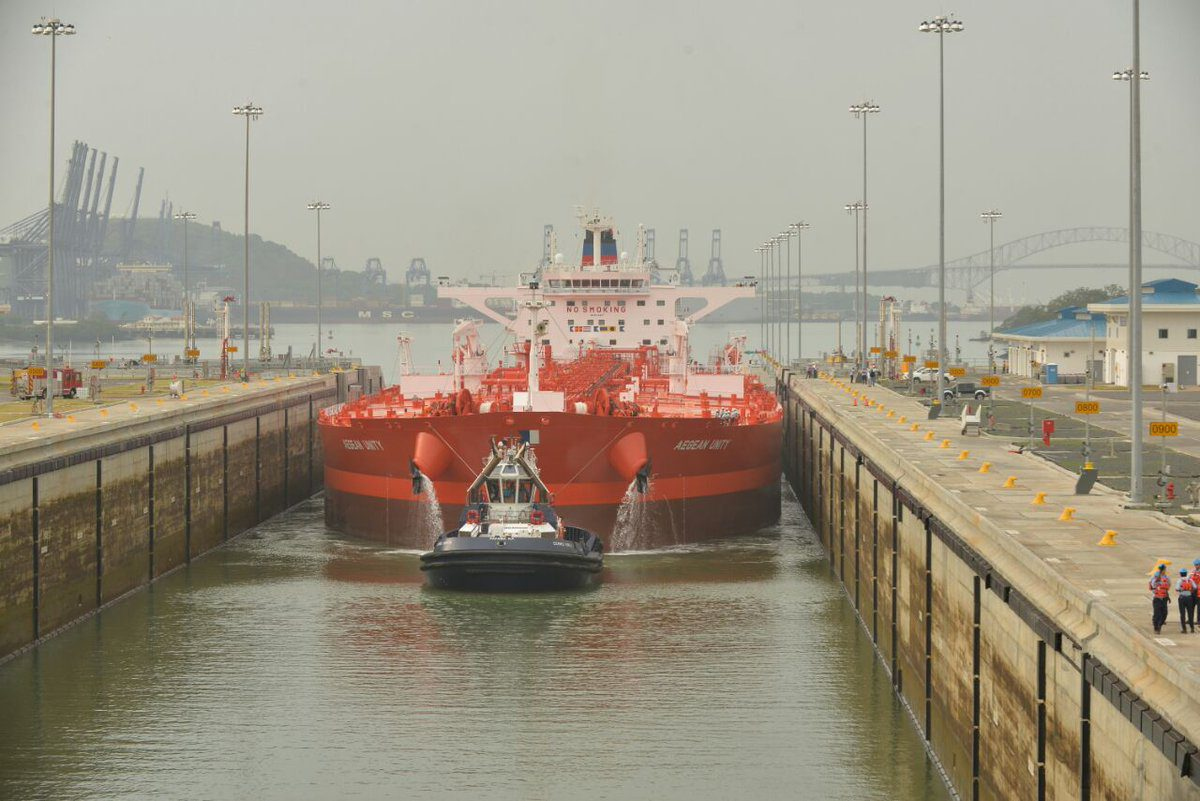 The MT Aegean Unity becomes the first crude oil tanker to transit the Panama Canal's new locks, August 18, 2016. Photo: Panama Canal Authority