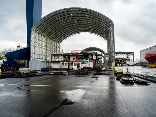 seaspan-shipyard-vancouver-1