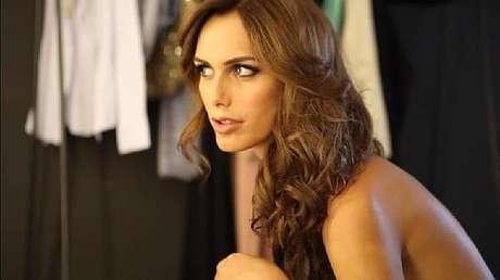 e91fcd113 ... un triunfo a nivel nacional y así hacer historia como la primera mujer  transexual en ganar la corona del concurso de belleza más importante de  España.
