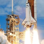 Space Shuttle Discovery (public domain)